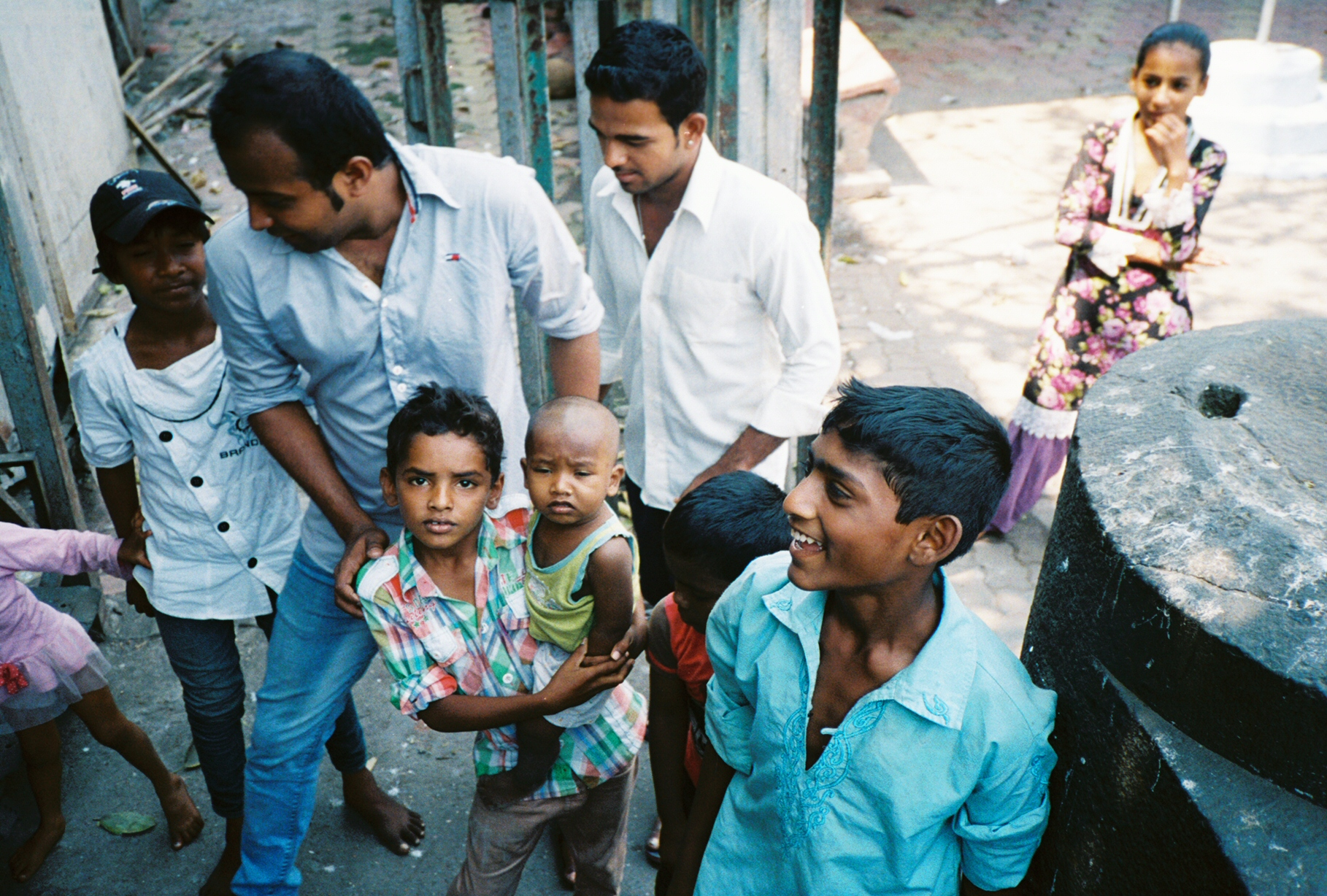 mumbai_azim_and_baby_slums_march_2013
